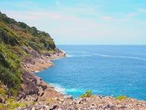 Остров Tachai Koh на точке зрения phuket Таиланд Стоковые Фотографии RF