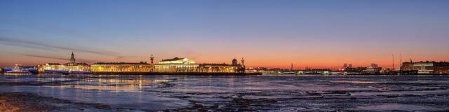 Остров Vasilevsky стрелки Стоковое Изображение