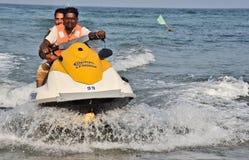 Острые ощущения скорости на пляже Rushikonda в Visakhapatnam стоковое изображение rf