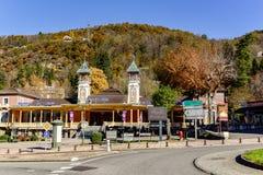 Ось-les-Thermes коммуна в отделе Ariège в регионе Occitanie юго-западной Франции стоковое изображение rf