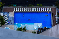 Ослабьте и поплавайте стоковое изображение rf