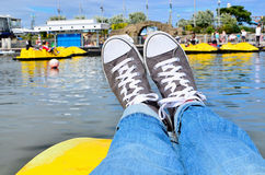Ослабьте ноги вверх Стоковая Фотография RF