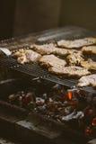 Отбивные котлеты мяса свинины на барбекю Стоковое фото RF