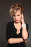 отбортовывает красивейшую модель волос Стоковое Фото
