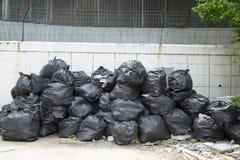 отброс мешков черный Стоковая Фотография RF