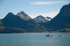 отбуксировка рыболовства шлюпки Стоковое Изображение RF