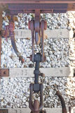Отбуксируйте замок металла крюка железнодорожный на товарном составе в итальянском trai Стоковые Изображения RF