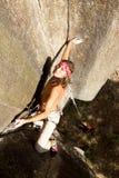 Отважная съемка антенны альпиниста утеса Стоковое Фото