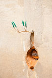 Отверстие в стене для электророзетки AC Стоковые Изображения