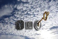 Отверстие золота ключевое замок неба Стоковое Изображение RF