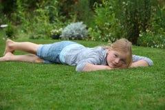 отдыхать девушки Стоковое фото RF