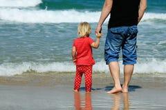 Отец и дочь стоковое изображение