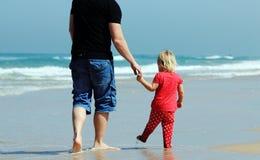 Отец и дочь стоковые фото