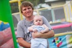 Отец и сынок. стоковые изображения rf