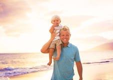 Отец и сынок стоковое фото rf