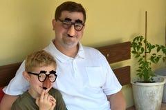 Отец и сынок стоковые фотографии rf