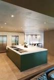 отечественная кухня самомоднейшая Стоковые Фотографии RF