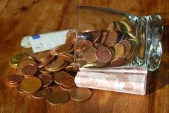 Отечественная экономия. Сохранять дома стоковые изображения