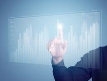 Отжимать руки бизнесмена диаграмма Стоковое Фото