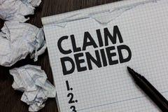 Отказанная заявка показа знака текста Схематическое фото спросило оплату возмещения для счета отказанная отметка над cr тетради стоковые фотографии rf