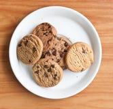 откалывает печенья шоколада стоковые изображения rf
