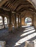 Откалывать Campden, Gloucestershire, Великобритания Выйдите Hall вышед на рынок на рынок, историческое сдобренное здание стоя в ц стоковые изображения