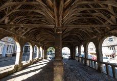 Откалывать Campden, Gloucestershire, Великобритания Своды, потолок и интерьер рынка Hall, исторического сдобренного здания стоковое фото rf