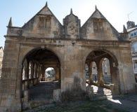 Откалывать Campden, Gloucestershire, Великобритания Экстерьер рынка Hall, исторического сдобренного здания стоя в центре городка стоковые изображения rf