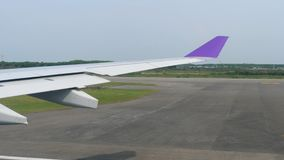 Отклонение от аэропорта Suvarnabhumi, Бангкока сток-видео