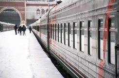 Отклонение поезда зимы стоковое фото