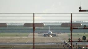 Отклонение самолета двигателя сток-видео