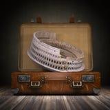 Отключение к Риму Перемещение или туризм к концепции Италии Колизей и v Стоковое Фото