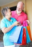 отключение старшиев ходя по магазинам Стоковые Фотографии RF