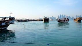 Отключения по побережью, Доха, Катар сток-видео