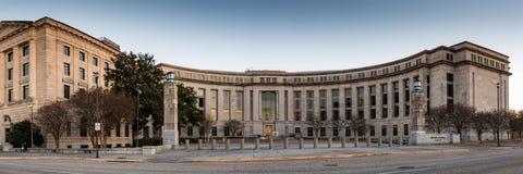Откровенный m Младший Джонсона Федеральное здание стоковая фотография rf