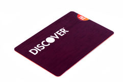 Откройте кредитную карточку близкую вверх на белой предпосылке Селективный фокус с малой глубиной поля стоковое фото rf