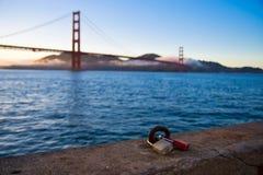 Открывать мост золотых ворот стоковая фотография