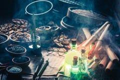 Открывать пятый вкус в волшебной лаборатории кухни стоковая фотография rf