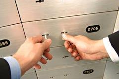 открывать сейфа коробки Стоковые Фотографии RF