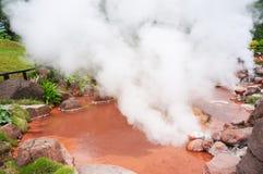 Открытое море ада горячего источника в Umi-Zigoku в Beppu, oita-shi, Японии Стоковое Изображение
