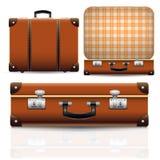 Открытый и закрытый старый ретро винтажный чемодан Стоковое фото RF