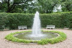 Открытый сад фонтана Стоковые Изображения RF