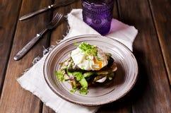 Открытый сандвич с рыбами Стоковые Фото