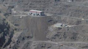 Открытый - шахта бросания сток-видео