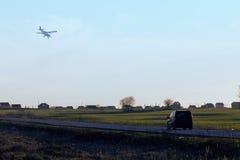 Отключение автомобиля на холмах Стоковое фото RF