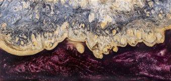 Отливка бара узелка Afzelia деревянная с эпоксидной смолой стабилизируя для пробелов стоковая фотография