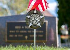 Отметка ветерана США в кладбище Стоковые Фото