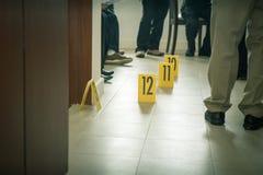 Отметка доказательства с предпосылкой правоохранительных органов Стоковое фото RF