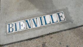 Отметка улицы Нового Орлеана - улица Bienville французского квартала Стоковое Фото