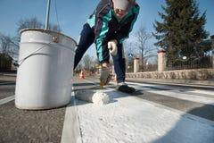 Отмечать работа на расположении пешеходного перехода Стоковое Изображение RF